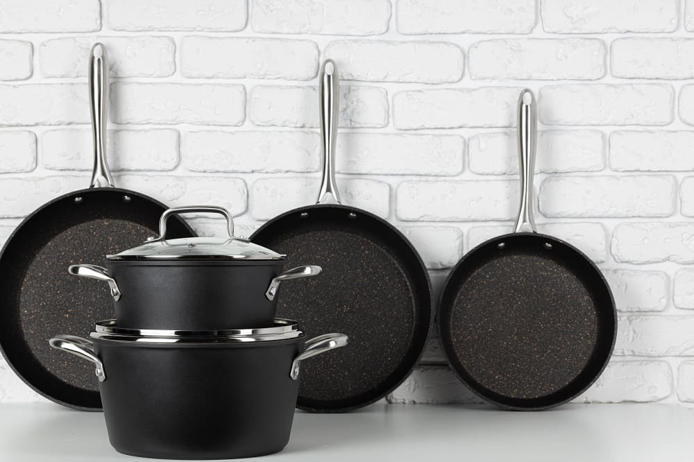 Types of Cookware for an Electric Coil Stove