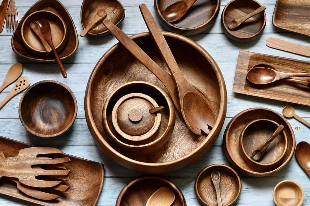 things not to put in dishwasher - wooden utensils